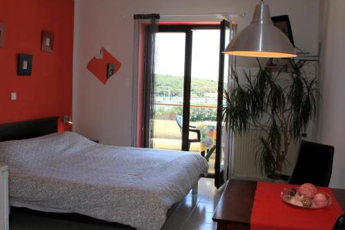 Studio s balkonom i pogledom na more